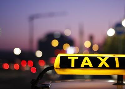 Rollstuhl-Taxis und Fahrdienste in Hannover
