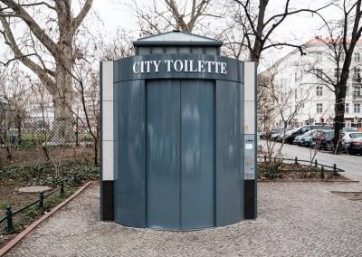 Öffentliche rollstuhlgerechte Toiletten